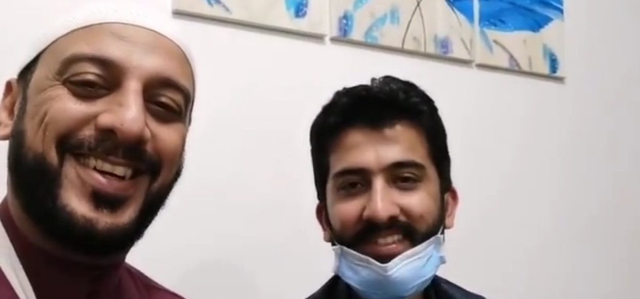 Ali Jaber (left), a preacher, who was in recovery in September 2020. He was attacked by an assailant as he delivered a sermon in Lampung province. (Screengrab: Syekh Ali Jaber/ Instagram)
